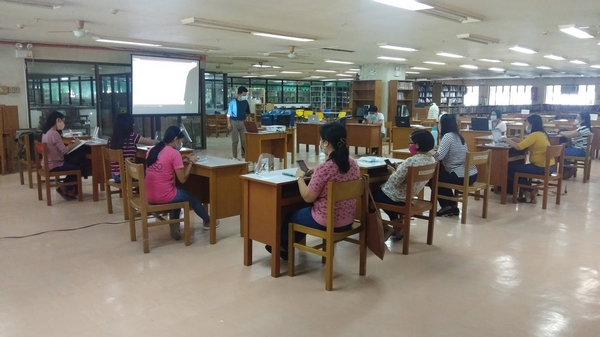 Capacity building enhancement for librarians on virtual reference services